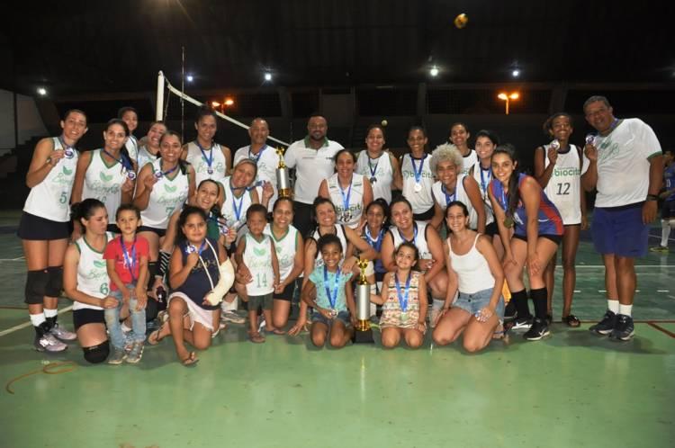 Dose Dupla: Biocito é a campeã 2019 do Campeonato Municipal de Voleibol masculino e feminino
