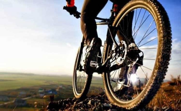 Confira os Benefícios de andar de Bicicleta e como fazer o exercício de forma correta!