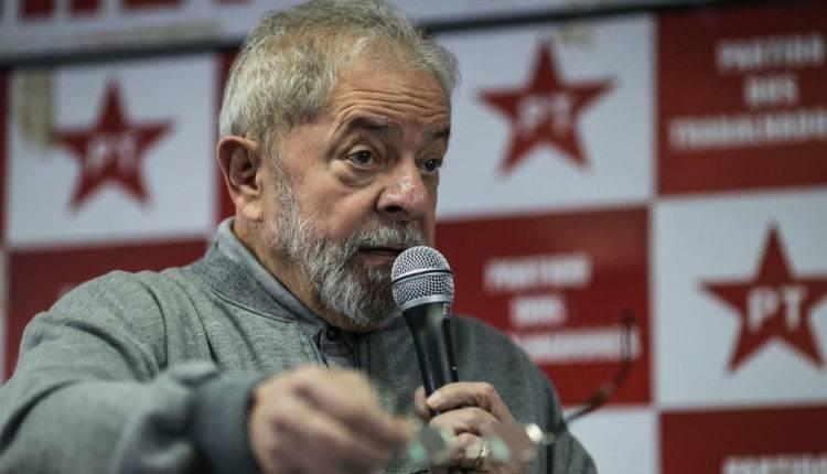 Tribunal mantém condenação de Lula a 17 anos de prisão no caso do sítio de Atibaia