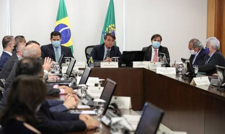 Governadores apoiam veto de Bolsonaro a reajustes de salário para servidores; Azambuja foi porta-voz dos governadores junto ao presidente