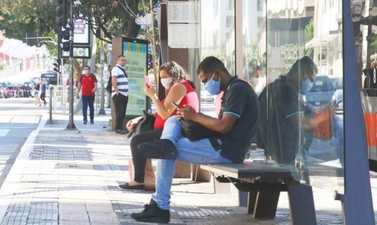 Senado aprova uso obrigatório de máscara em todo o País; texto volta para Câmara
