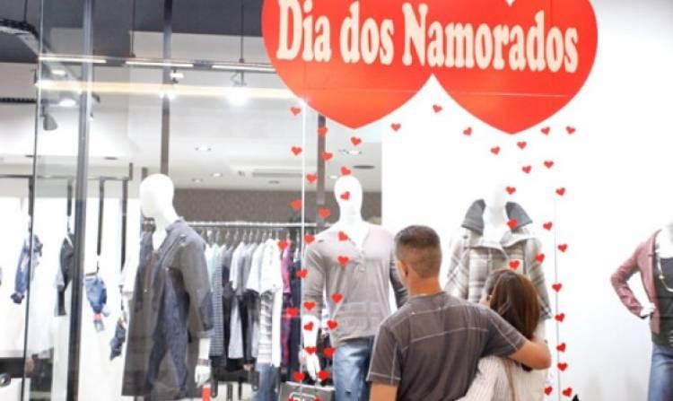 Lojas e shoppings abertos: confira o que está funcionando em Campo Grande neste Dia dos Namorados