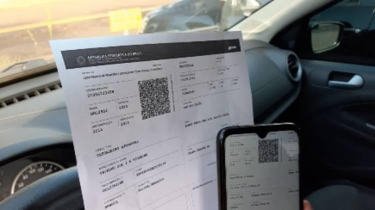 Julho é mês de licenciar veículos com placas finais 5 e 6; documento pode ser impresso em casa