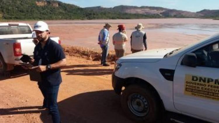 Agência interdita barragens de mineração no MT por risco de rompimento