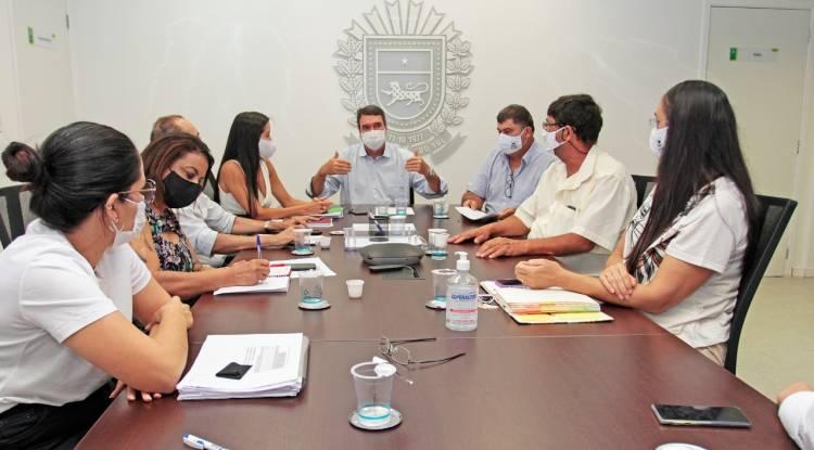 Presidente da FETEMS, Professor Jaime Teixeira participa de live onde Governo define Protocolo para volta às aulas e REE terá ensino híbrido em 2021