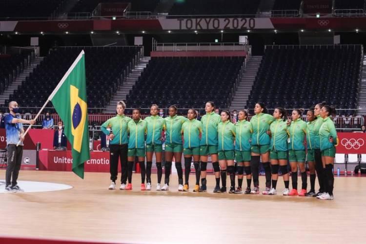 Handebol: seleção feminina derrota Hungria nos Jogos de Tóquio